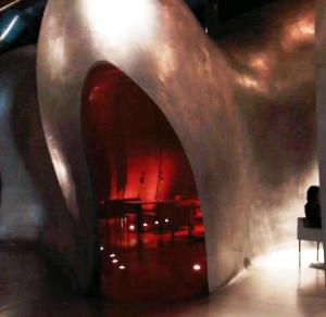 Cave-like dining pod at the Pompidou Centre roof top restuarnat