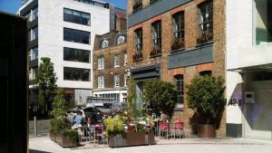Sunny Clerkenwell